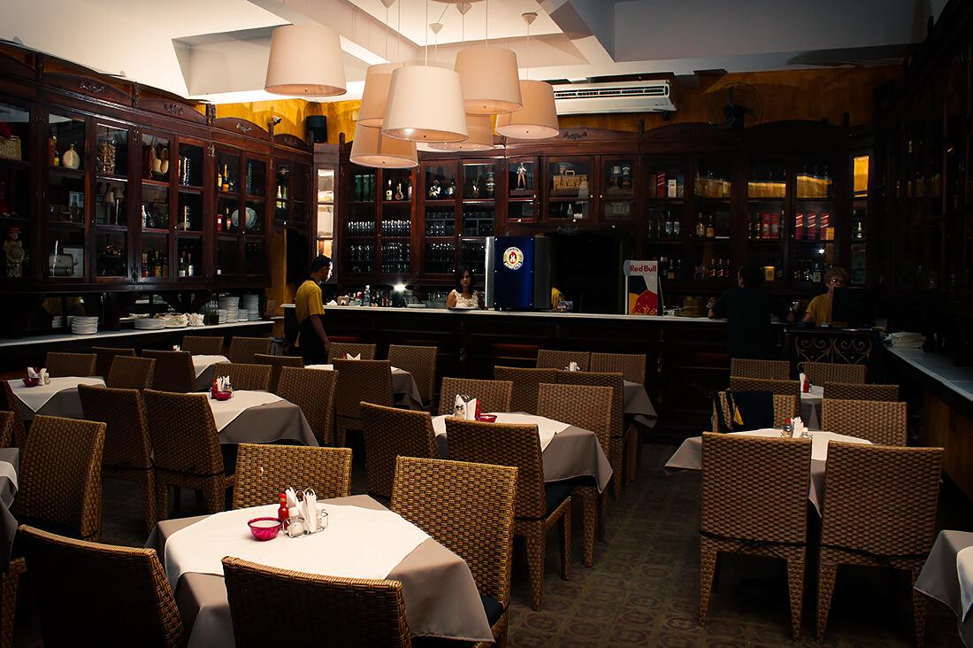 reka-carvalho-comercial-restaurante-comendador-01