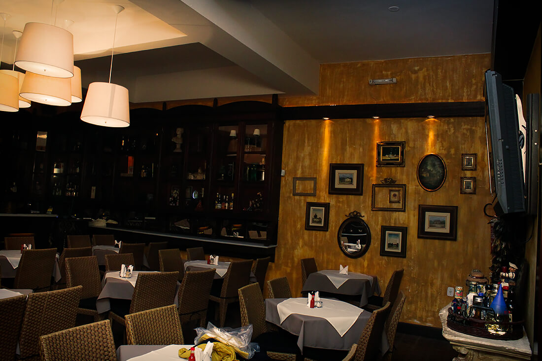 reka-carvalho-comercial-restaurante-comendador-02
